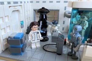 LEGO Hoth Echo Base Medical Bay